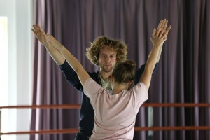 "Ryan Kelly & Natalie Green rehearsing ""Bleed"" Photo by Chris Cameron"