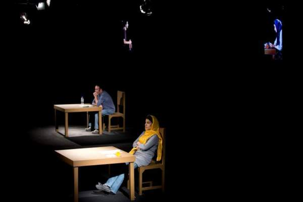 Mehr Theatre Group/Amir Reza Koohestani's TIMELOSS. Photo by Mani Lotfizadeh