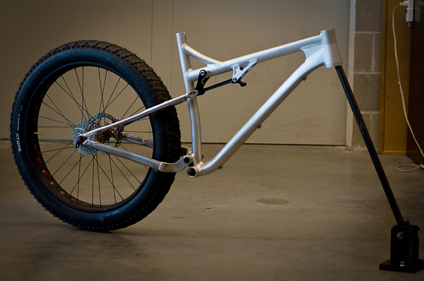 Full suspension fat bike prototype