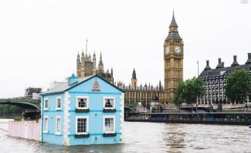 LONDON: ล่องแม่น้ำเทมส์กับบ้านพักลอยน้ำแห่งใหม่ของ Airbnb