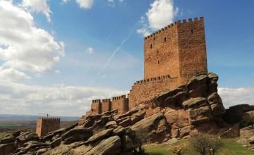 SPAIN: ปราสาทซาฟรา 'Tower of Joy' ของจริงจาก Game of Thrones