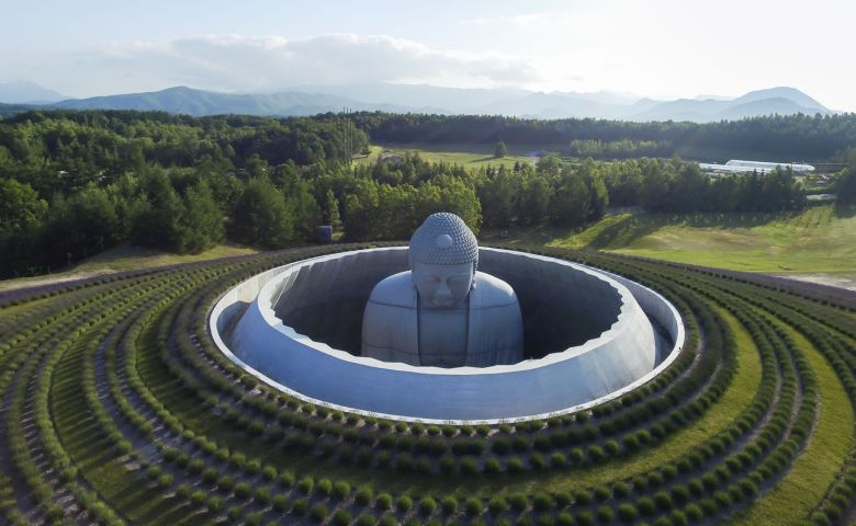 Hill of Buddha สักการะพระใหญ่ในทุ่งลาเวนเดอร์