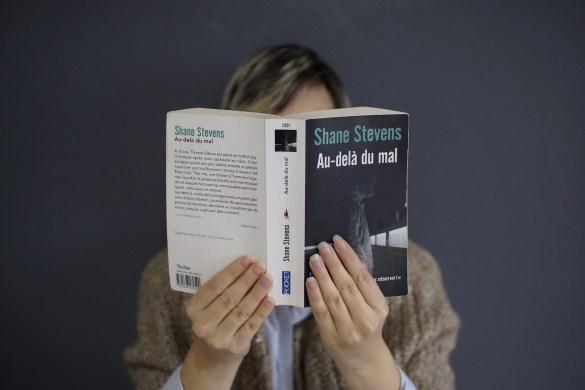 shane stevens au dela du mal avis critique lecture