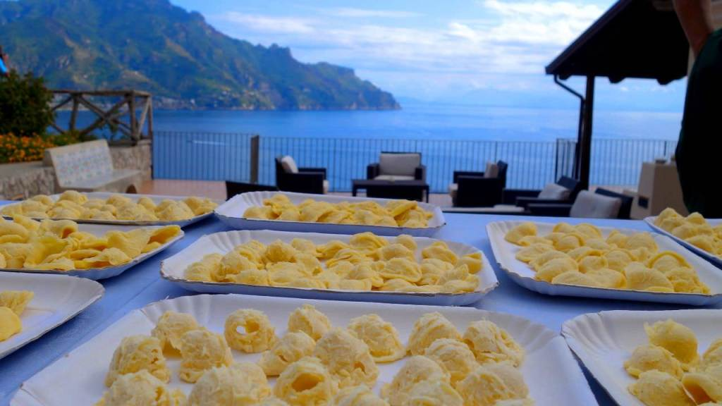 We make pasta from scratch in Amalfi