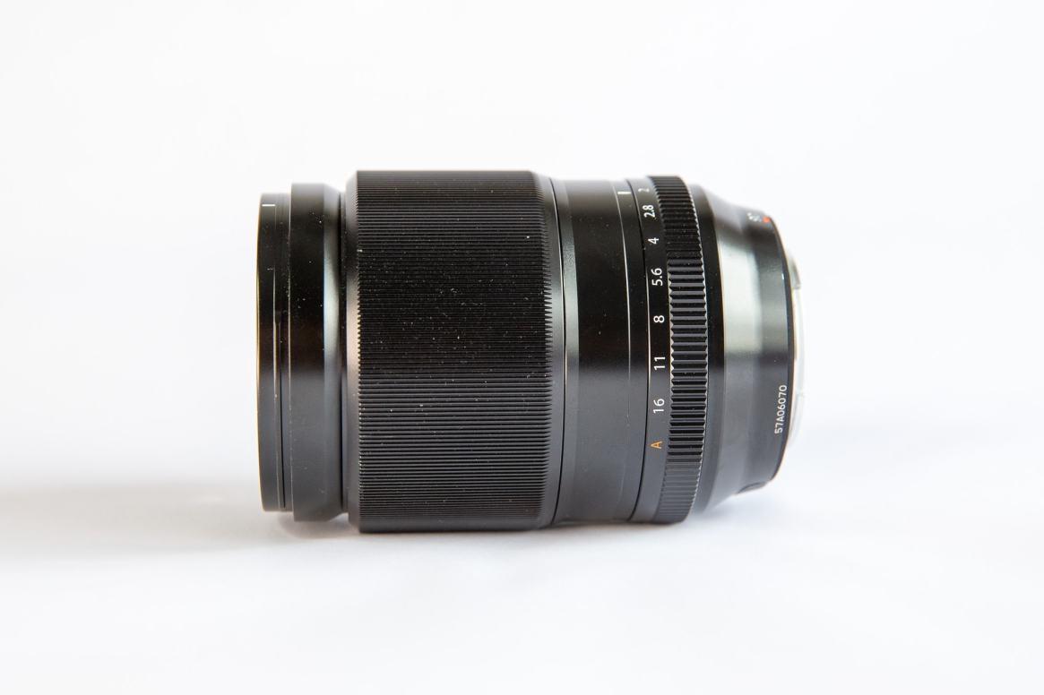 Fuji XF 90mm f2 Side View