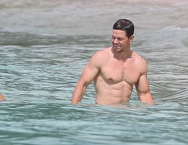 Shameless Idol Worship: Mark Wahlberg in Barbados