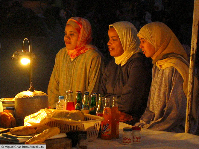 Morocco: Marrakech: Girls' night out
