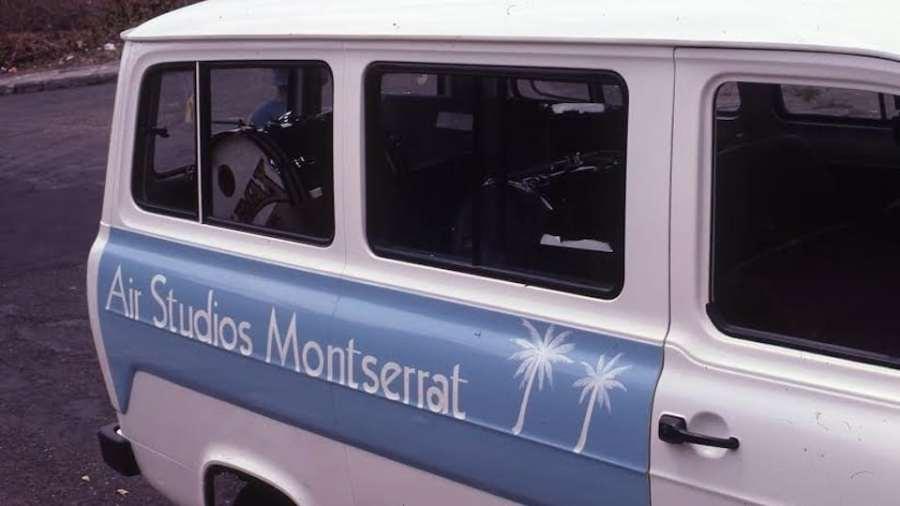 Montserrat Van