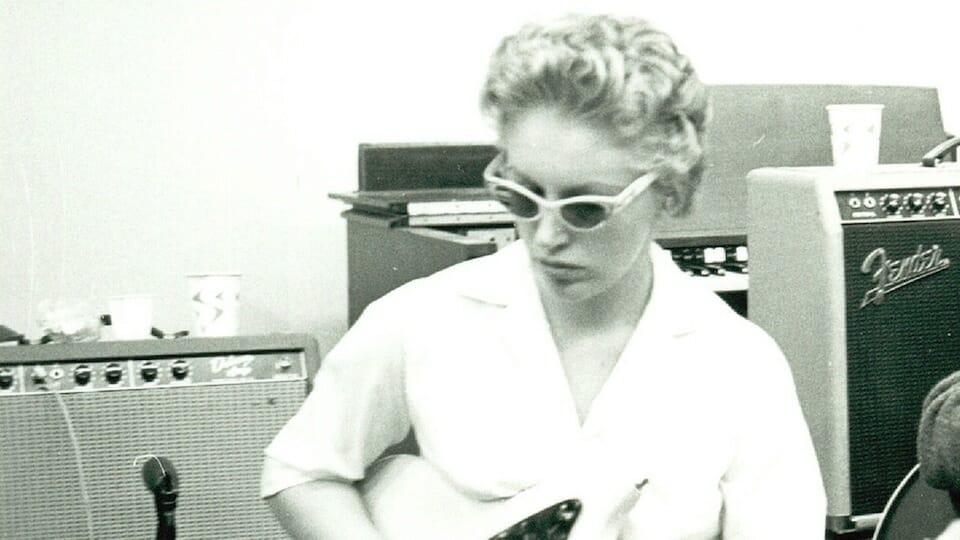 Carol Kaye bass guitar
