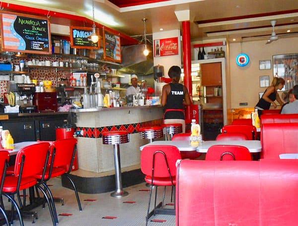 Breakfast In America Interior in Paris