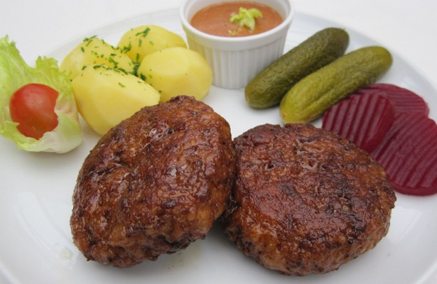 Frikadeller On Plate (Photo by: http://www.copenhagenet.dk)