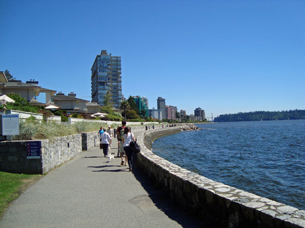 West Vancouver Seawall (Photo credits: http://planedev.com)