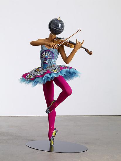SHONIBARE_Ballerina_with_Violin_Giselle_2013_JCG6507_10_lg5