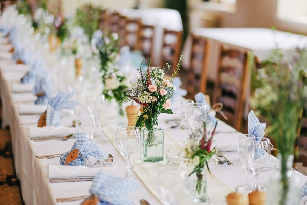 Wedding Planning On A Budget Ideas: 5 Ways To Make Your Budget Wedding Ideas Look Beautiful