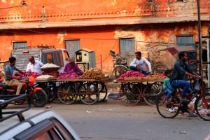 India life of street vendors