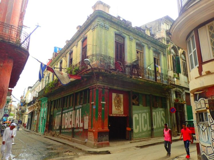 visiting art galleries in Cuba