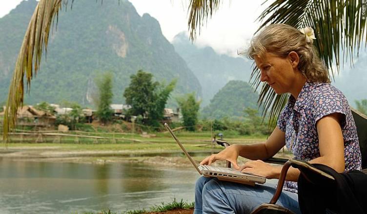 Karin-Marijke in Bushcamp, Vietnam