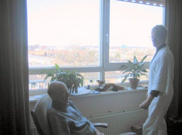Met Roels ziekte kwam de omkeer. Bereisden we eerste de wereld, nu verkleinde ons leven zich tot de huis- en slaapkamer.
