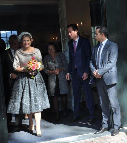Kleurrijke koningin Maxima opende op 5 oktober in paleis het Loo expositie over Anna Paulowna, foto: Marianne Visser van Klaarwater.