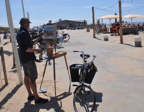 Katwijk, Schilderen aan Zee, Hans Versfelt aan het werk