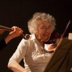 Rosa Spier Huis in Laren : hoog bejaard maar nog steeds zeer creatief