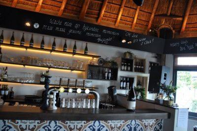 de gezellige bar bij Tijsterman.