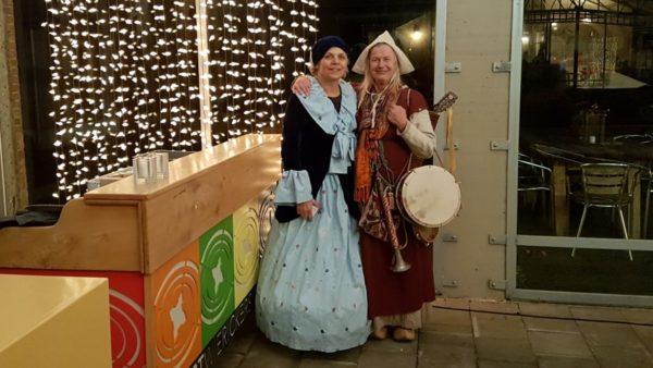 chique dame van stoomgemaal de Hoge Boezem en fluitspeelster