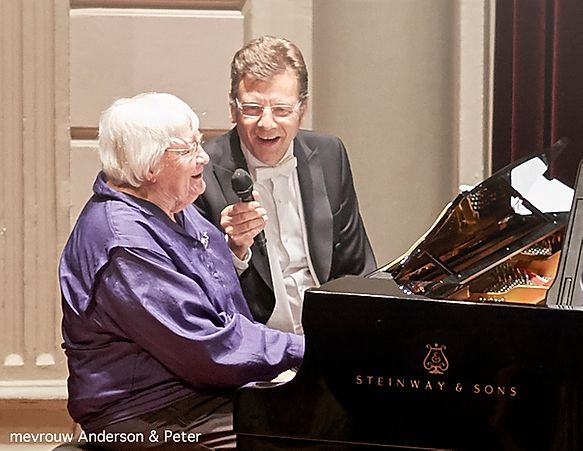 Hoornist Peter Steinmann en Mevrouw Anderson