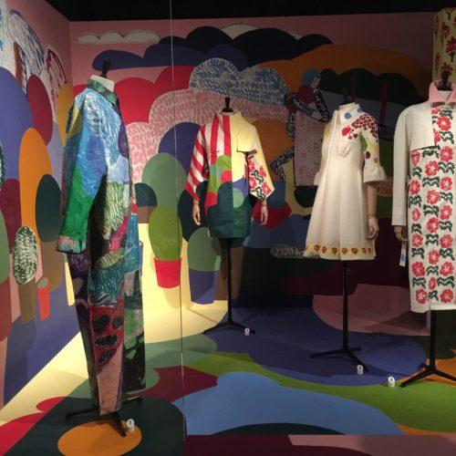 Een modemuseum, waar ontwerpers van nu ook een kijk in hun gedachten leveren. Rik Wouters MoMu.