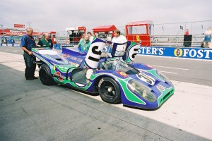 Psychedelic Porsche 917 in the Silverstone pit-lane