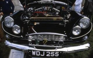 Chrysler V8 Engine in CV8
