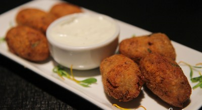 Croquetinhos de língua e queijo do norte! Boa pedida no Bonjour Barão | Cumbuca Bares e Botecos
