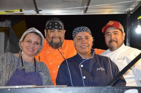 Projeto Boteco Brasil com os chefs Evandro Higa, Manuel Alves Filho e Joana D'Arc na Esquina dos Truck's