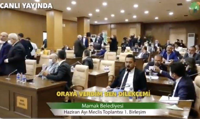 AKP'li belediye başkanı ile AKP'li meclis üyesi arasında yetki gaspı krizi