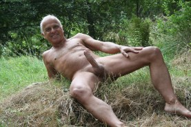 over-50-wanking-nude-in-public-erection