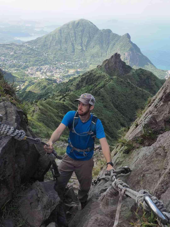 Going down the ropes to teapot mountain.