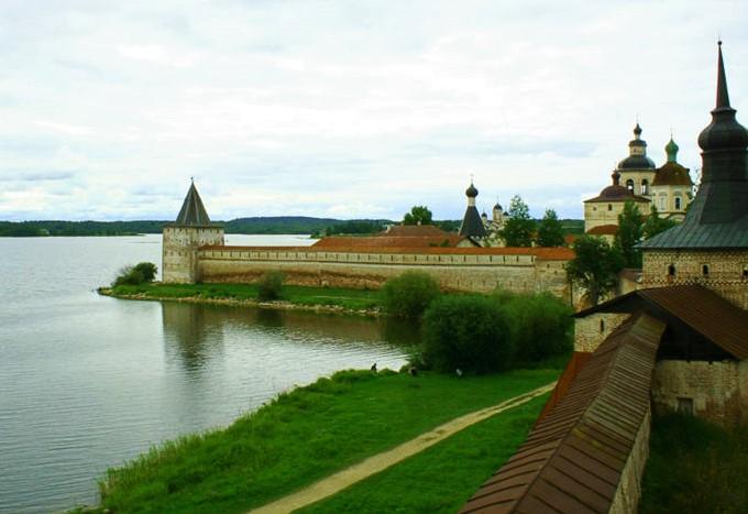Manastirea Kirillo-Belozersky