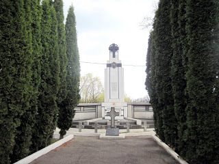 Mausoleul Peneș Curcanul