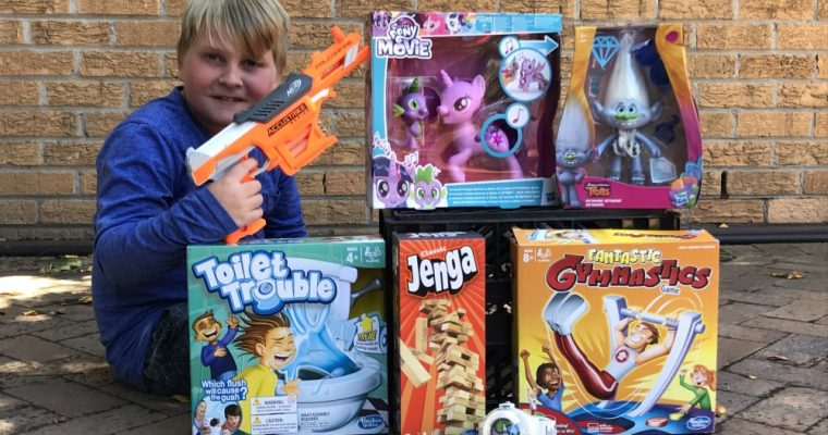 Reviewing Hasbro toys!