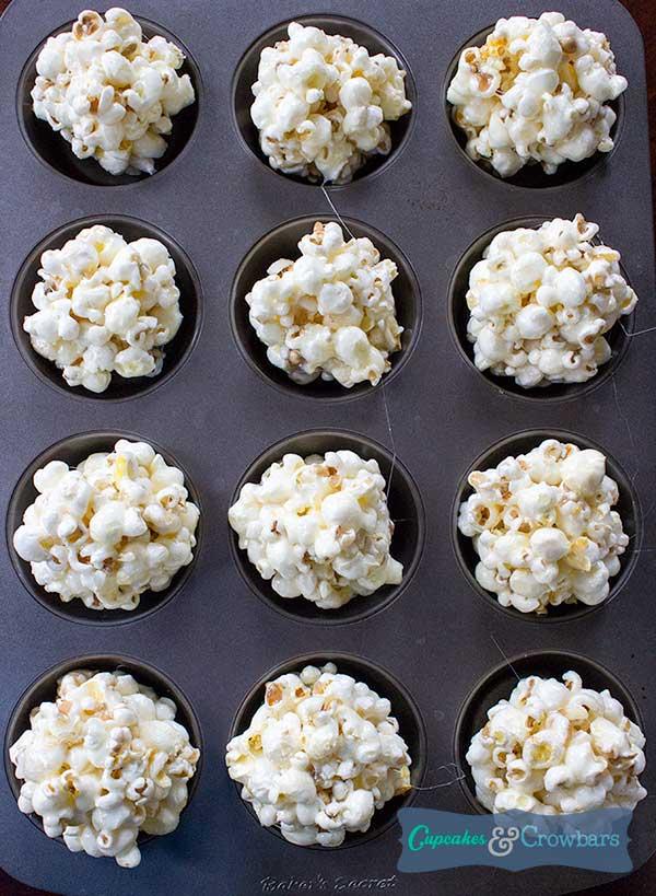 Popcorn balls cooling