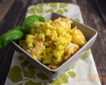 Curried Shrimp and Rice | CupcakesAndCrowbars @cupcakescrowbar