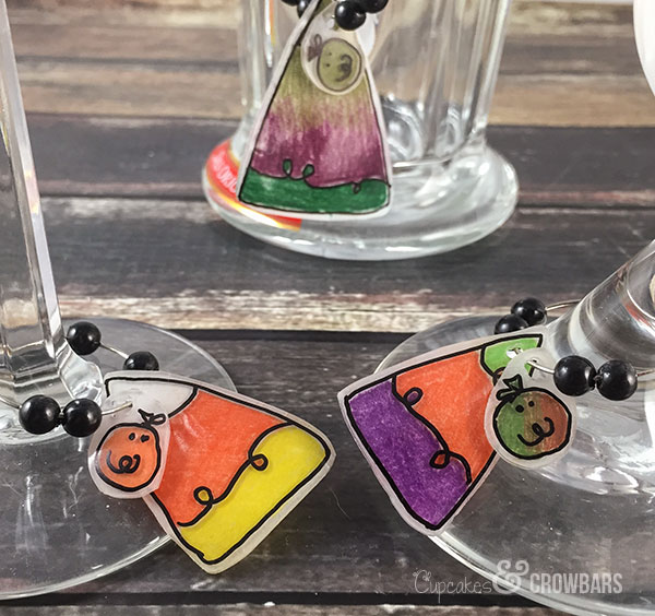 Easy Shrinky Dink Charms | Cupcakes&Crowbars