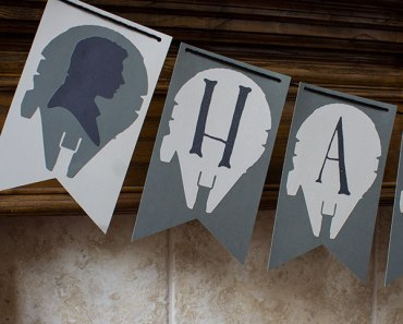 Star Wars Themed Halloween Garland | Cupcakes&Crowbars