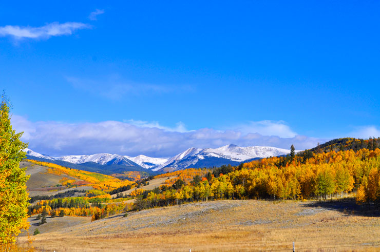 Taking the Scenic Route to Aspen, Colorado in the Fall, Weekend Road Trip | www.cupcakesandthecosmos.com