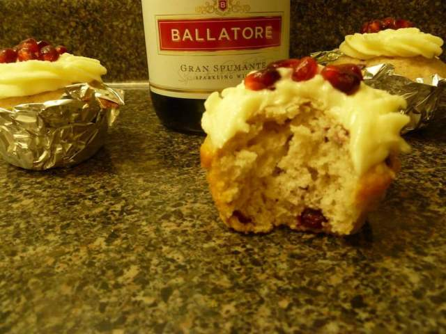 Sparkling White Wine Pomegranate Cupcakes