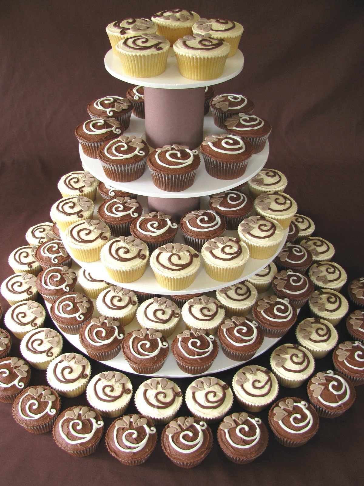 30 Luscious Wedding Cupcakes Choco Vanilla Wedding Cupcakes