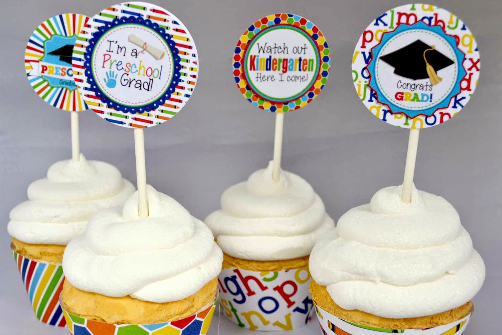 30 Most Creatively Done Graduation Cupcakes