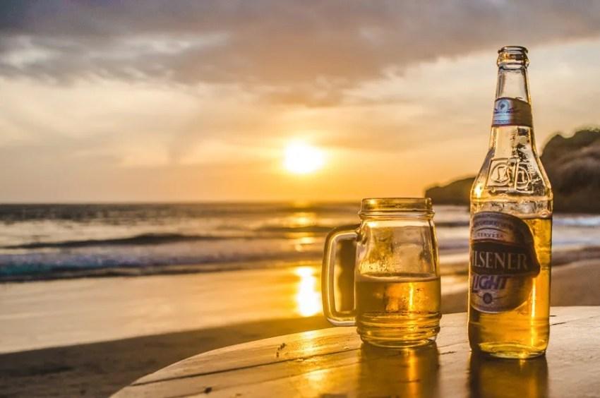 pilsenser beer in a beach bar in Montañita Ecuador nightlife
