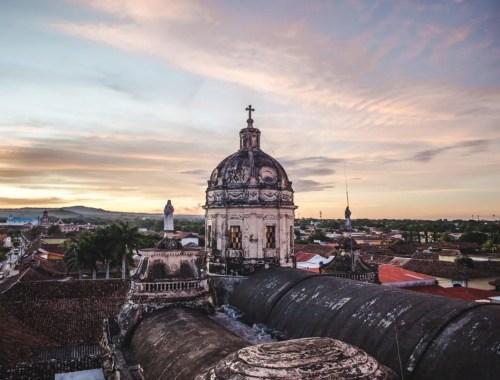 Nightlife in Granada Nicaragua best hostels things to do