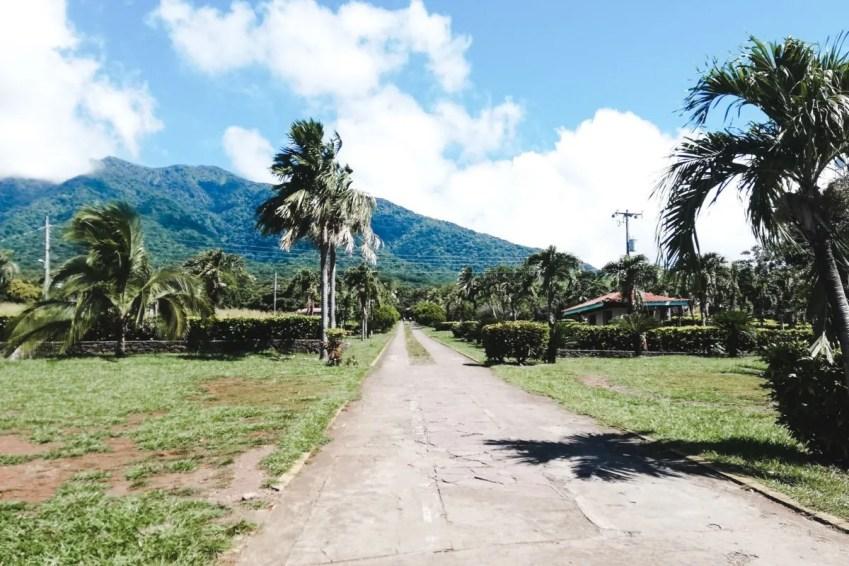 Things to do on Ometepe Island | Nicaragua travel hike cascada San Ramon waterfall